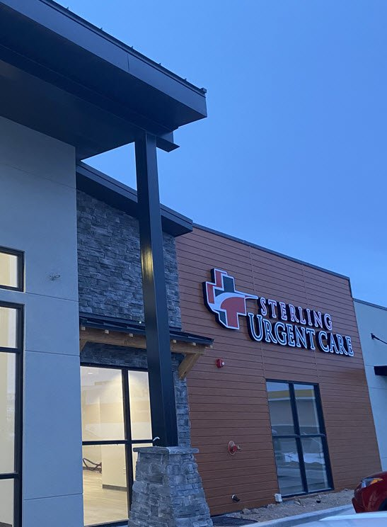 Evening exterior of Sterling walk-in clinic in Evanston Wyoming